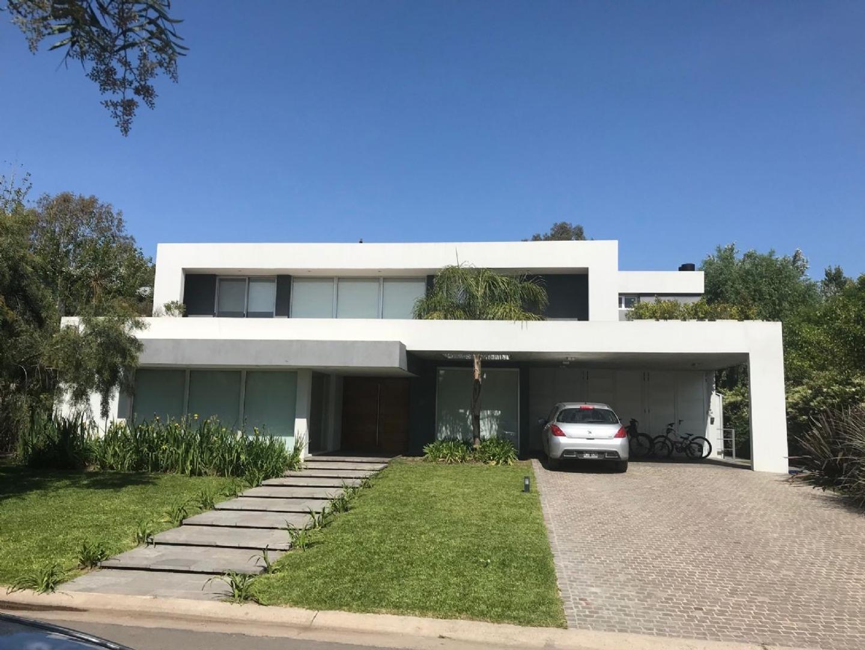 Casa  en Venta ubicado en Bella Vista, Zona Norte - BVA0810_LP139951_1