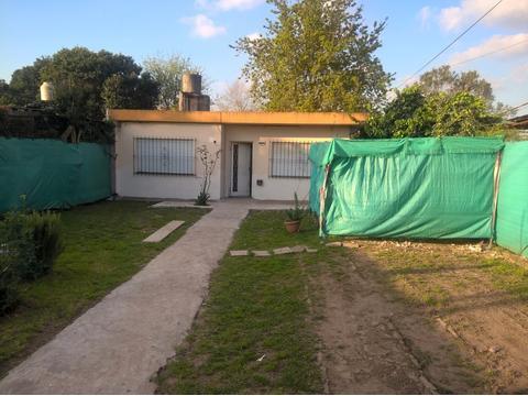 casa con patio y fondo, 1 dormitorio, JOSE C .PAZ