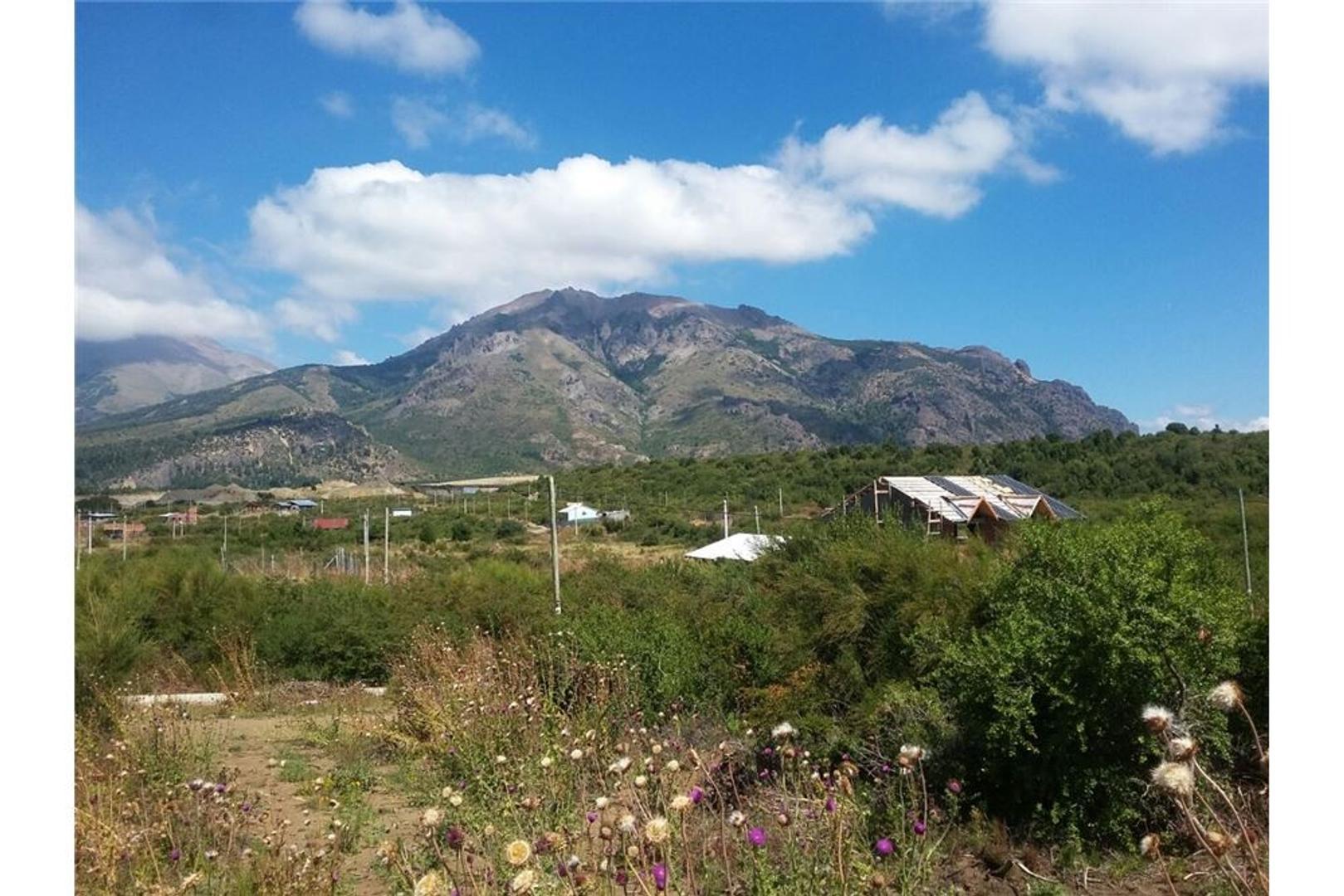 Lote en Valle Azul 270m2