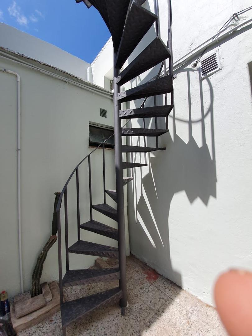 Departamento en planta baja, P.H. sin expensas, todo a nuevo Liv-com, 1 dormit.  y escrit. baño, cocina, terraza compartida, impecable!!!! - Foto 15