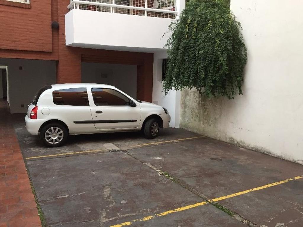 Cochera En Alquiler En 3 De Febrero San Isidro Centro