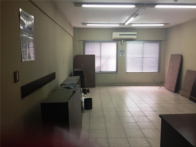 Oficina en Venta en Ramos Mejia Sur