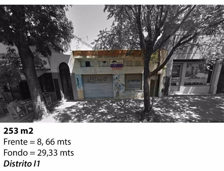 casa en lote propio 8,66 x 29,33 ideal inversor URGENTE