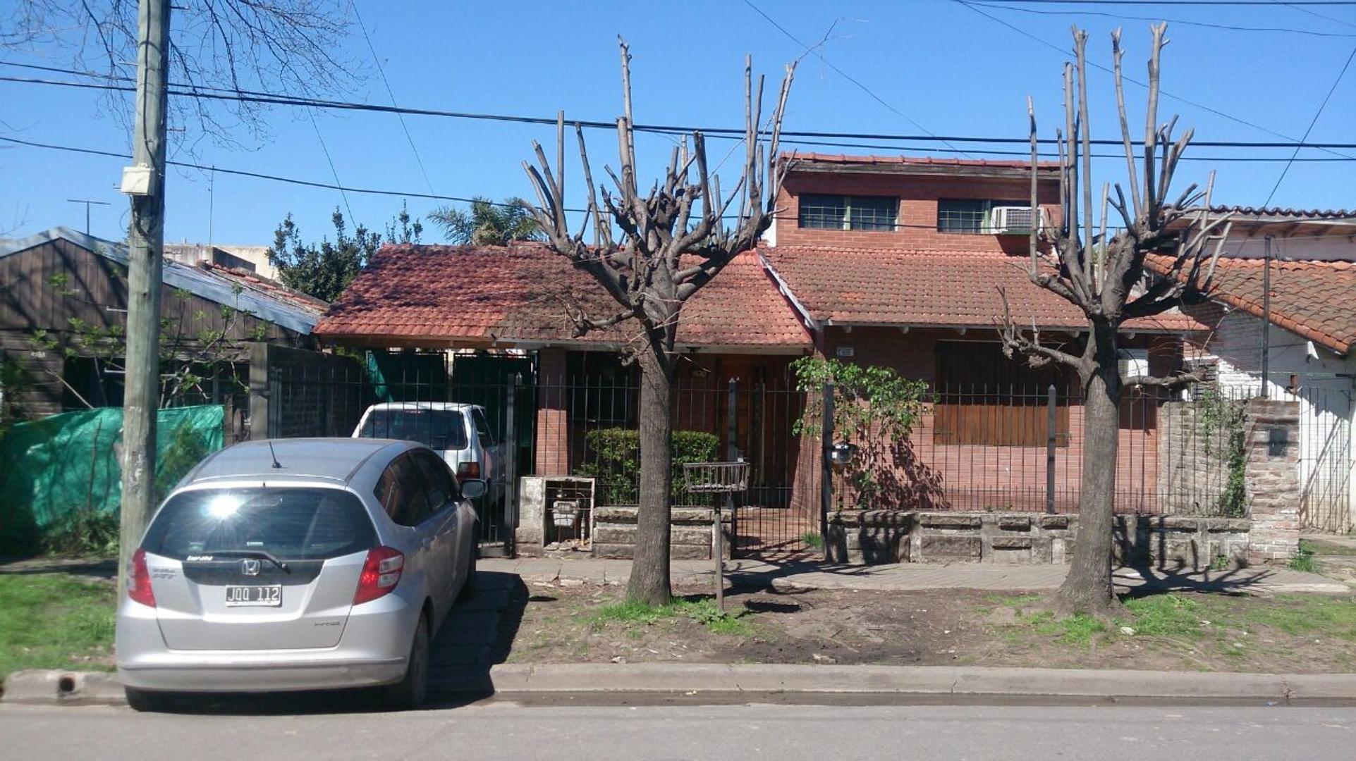 Casa - Venta - Argentina, Ituzaingó - Carabobo  1830