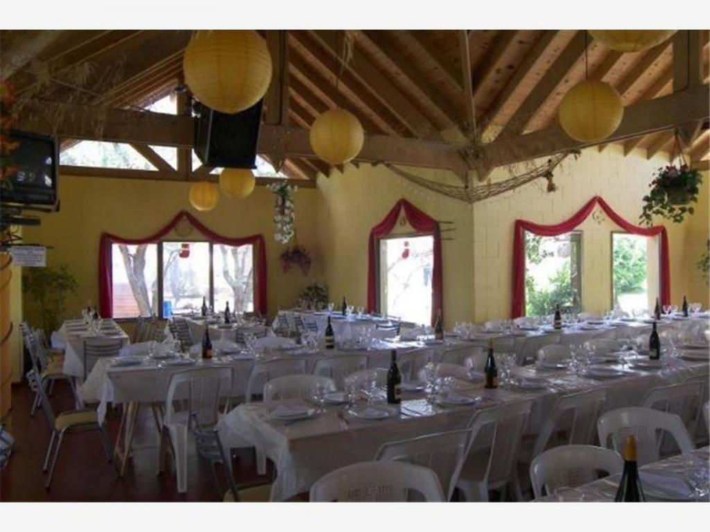 Complejo turístico - hotel + camping + restaurante