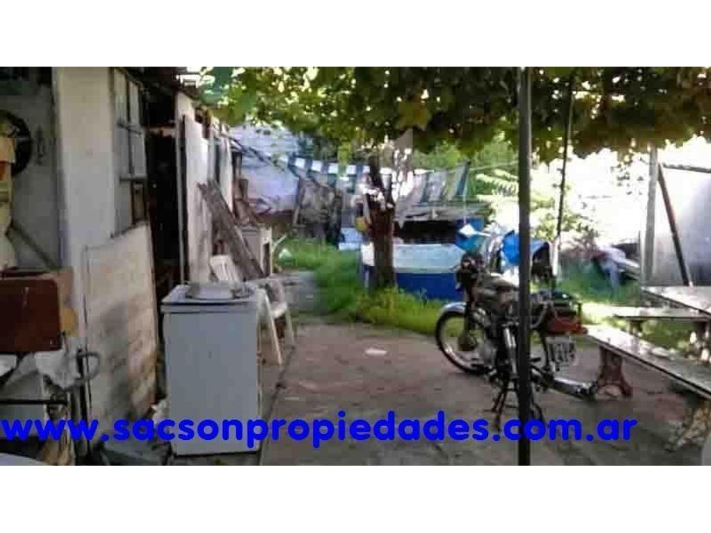 V499. Villa Lugano, venta, casa 5 amb. Consultas: tel 4656-0788.