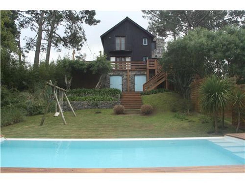 Casa en Venta en Maldonado - 5 ambientes