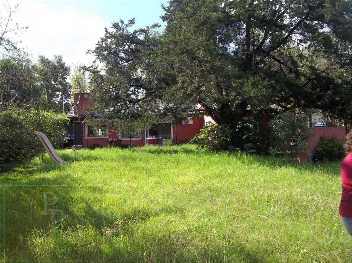 Casa en Venta - 4 ambientes - USD 190.000