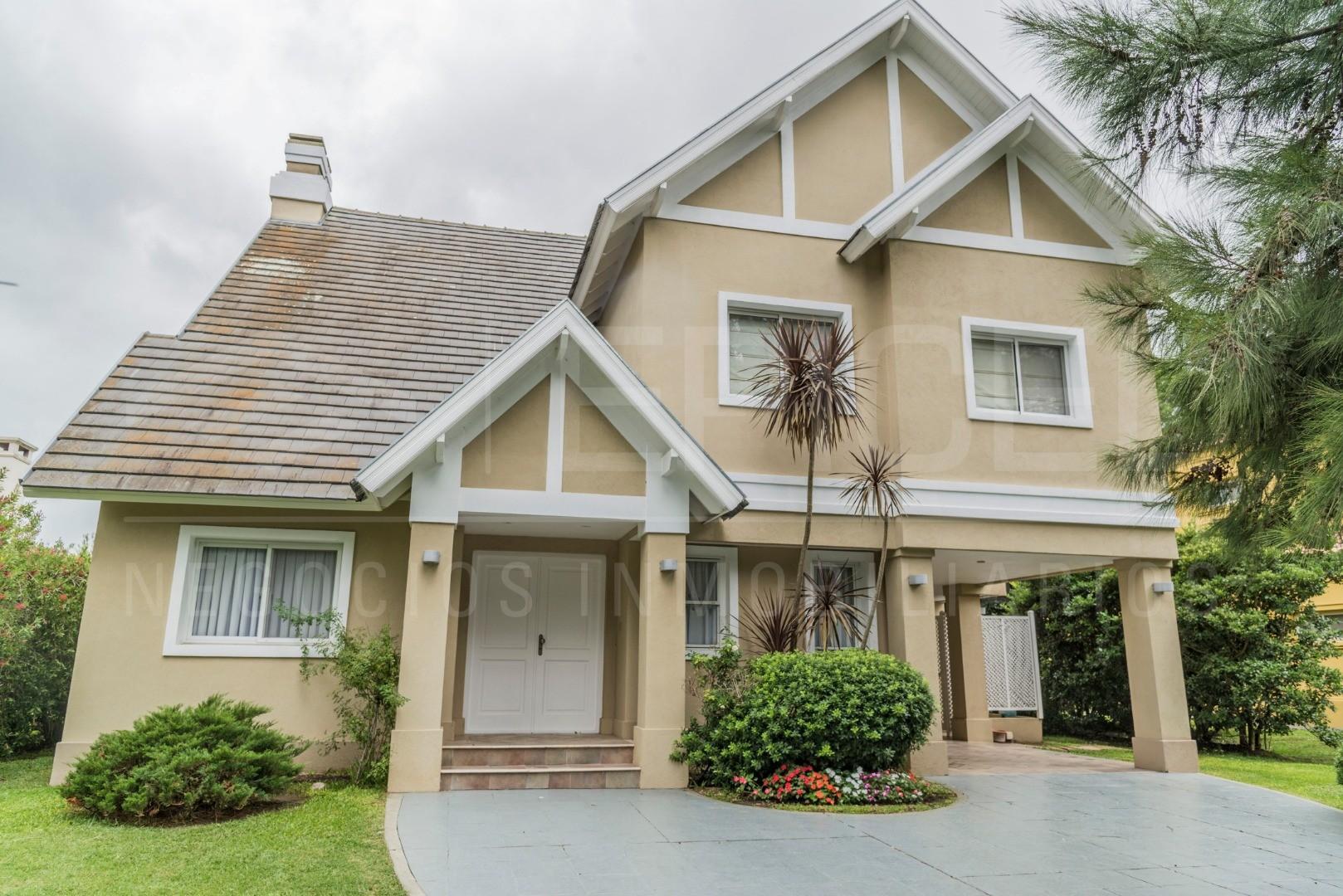 Casa en Alquiler en Saint Thomas - 4 ambientes