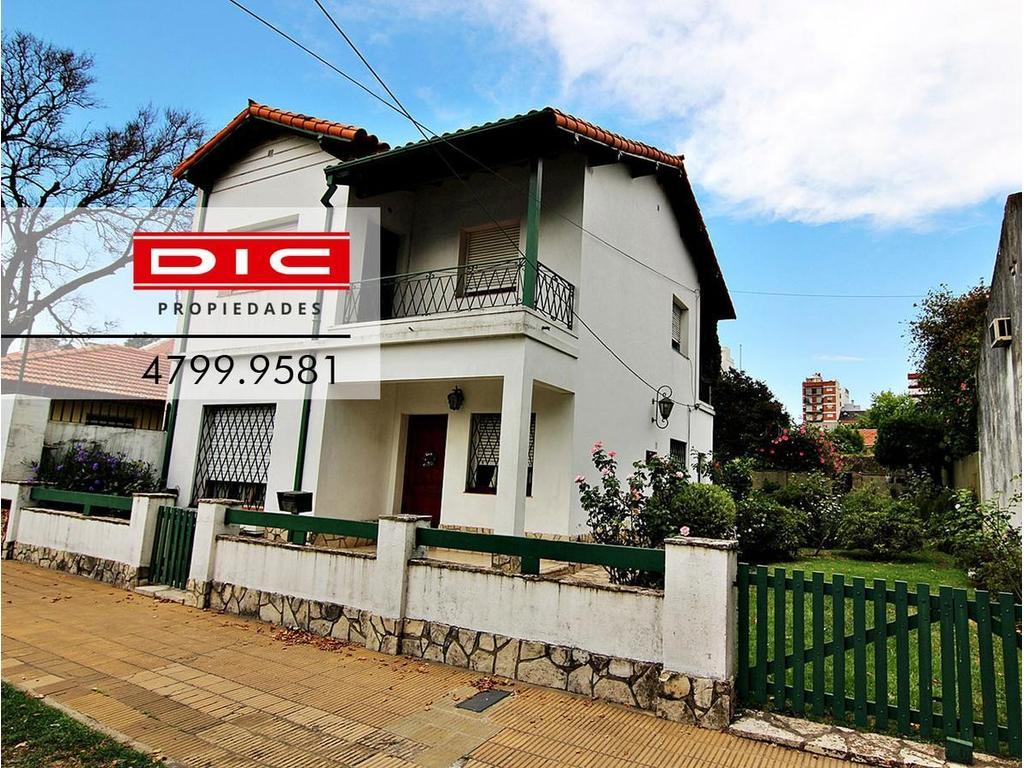 Casa - Olivos-Vias/Maipu