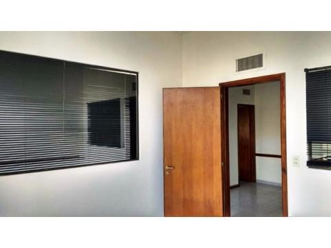 oficina 4 ambientes zona macro-centro