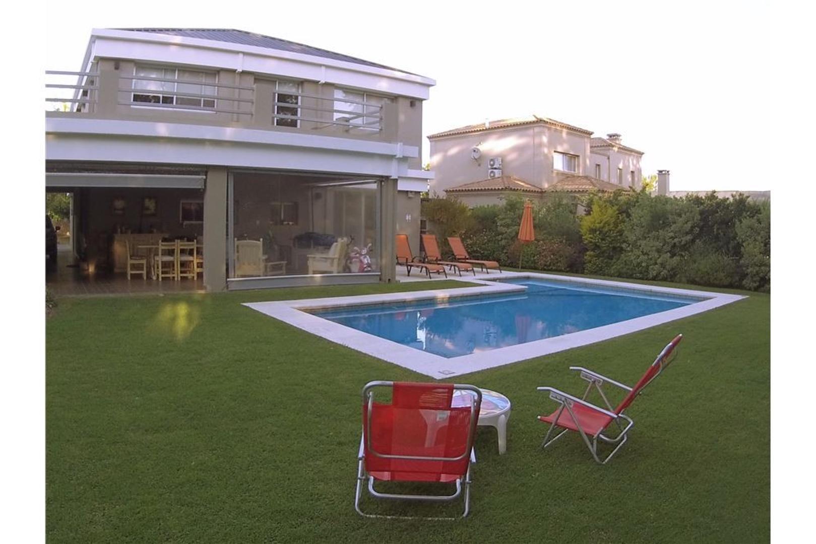 Casa en Venta en Pilar Del Este - 5 ambientes