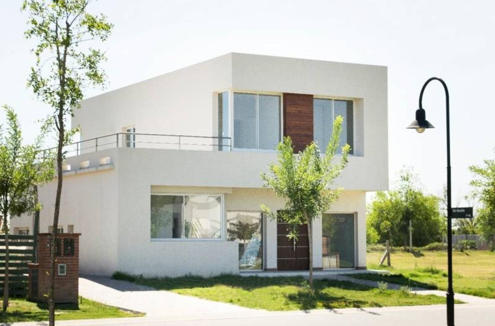 Excelente calidad de casa en venta a estrenar!!! Venta Barrio Las Tipas NORDELTA.