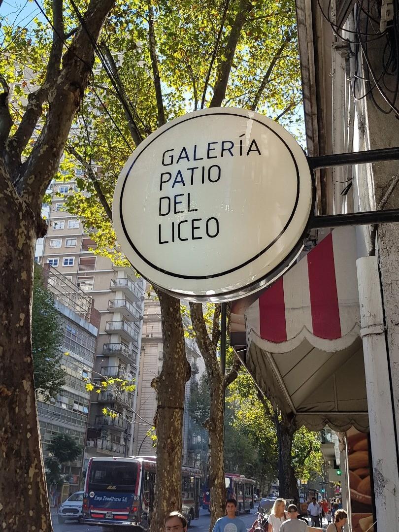 * ¡Venta Local en Galería Patio del Liceo! c/Renta a Marzo 19' *