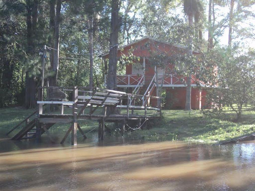 Venta de casa sobre Arroyo Arroyón Delta de Tigre