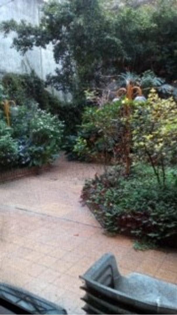 DEPARTAMENTO 4 ambientes CON HERMOSO PARQUE EN BALVANERA