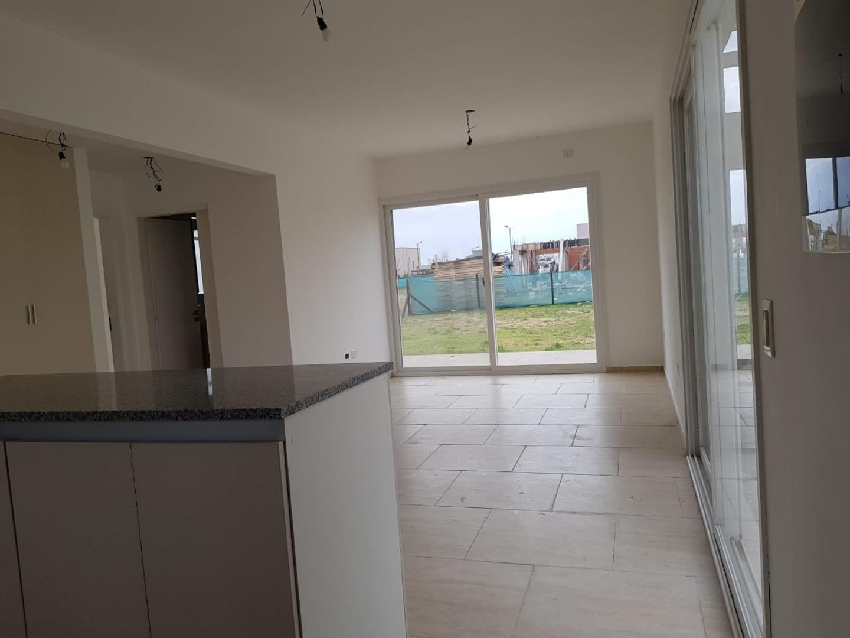 Casa - 78 m² | 2 dormitorios | A estrenar