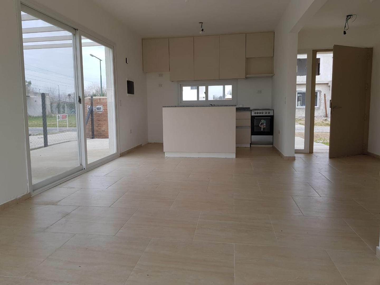 Casa en Venta - 3 ambientes - USD 111.000