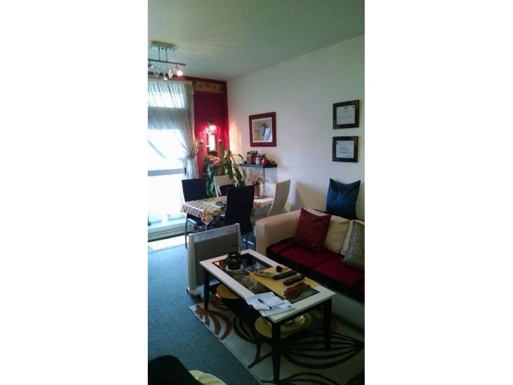 2 ambientes en torres pueyrredon, piso 12. Muy Buen estado. Apto Credito