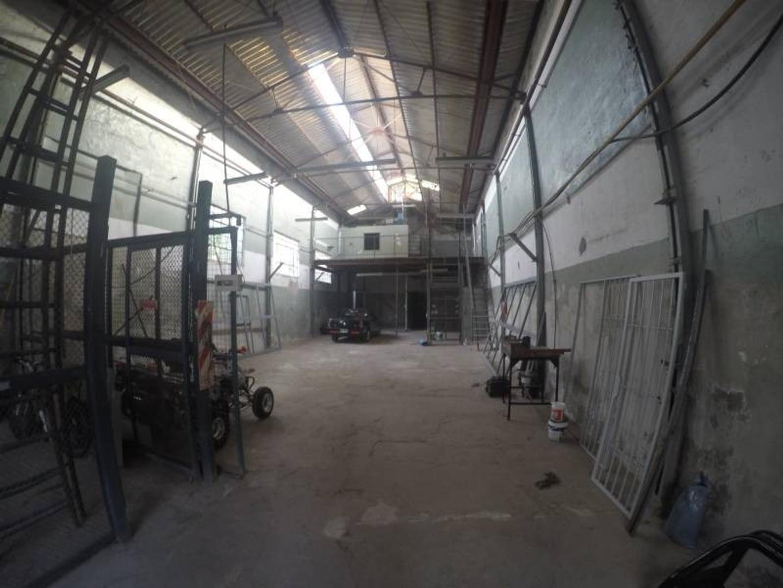 Depósito Barracas 320 m2 - Alquiler