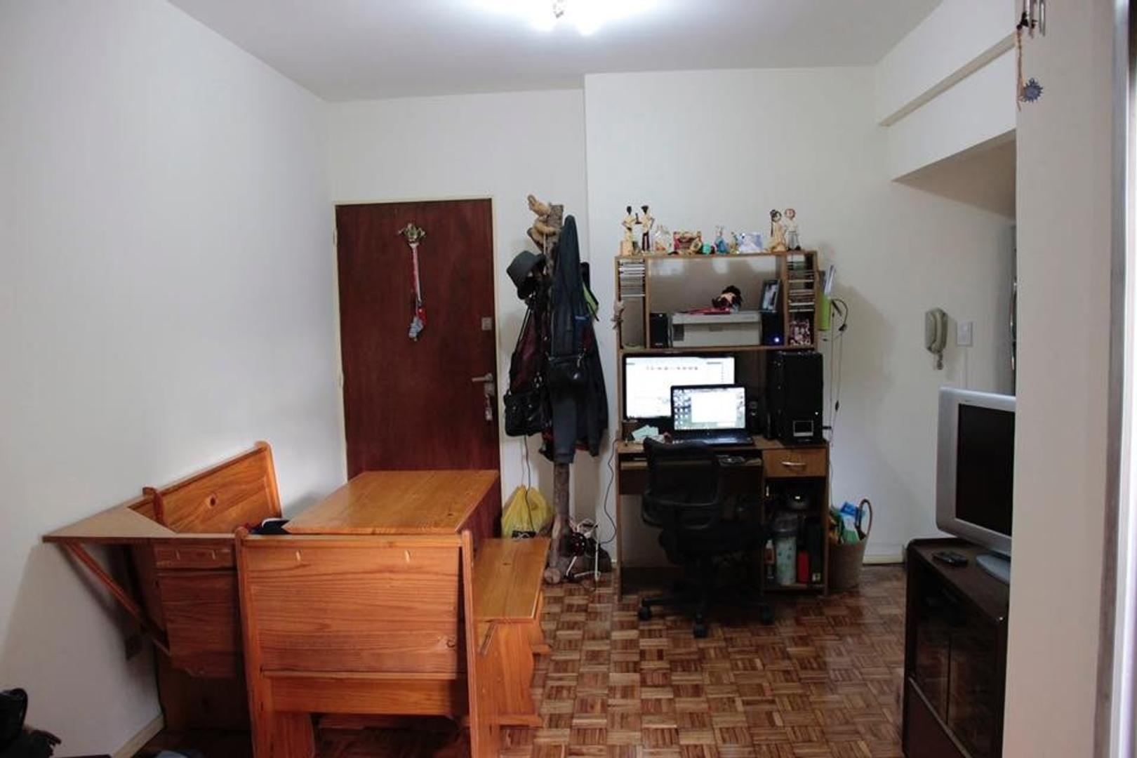 Excelente departamento 1 ambiente con patio -VILLA LURO -APTO CREDITO BANCARIO Y APTO PROFESIONAL