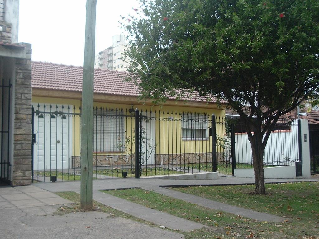 Amplia casa en Muñiz