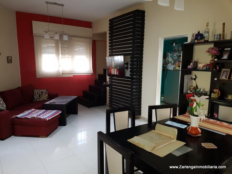 Yerbal 6200, CASA en VENTA con 3 dormitorios y terraza.-