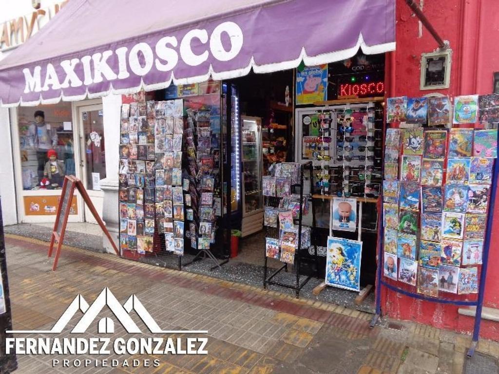 Fondo de Comercio de maxi-kiosco, ciber, impresiones y afines sobre Maipú.