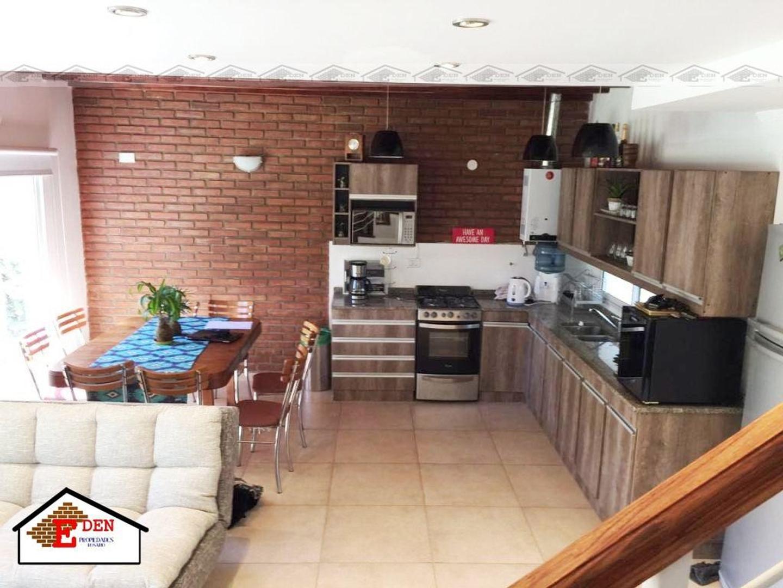 Apta Crédito Hipotecario. Casa de 3 dormitorios con Pileta  | Roldan