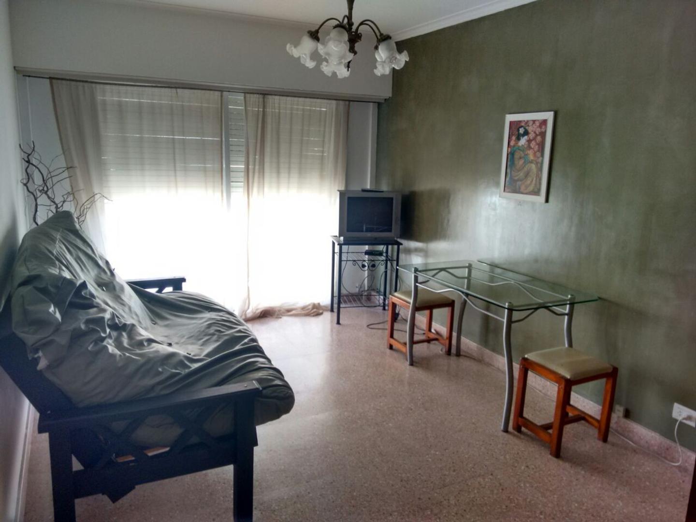 XINTEL(RUP-RUP-124) 2 Ambientes a la calle con balcon en Centro, Mar del Plata