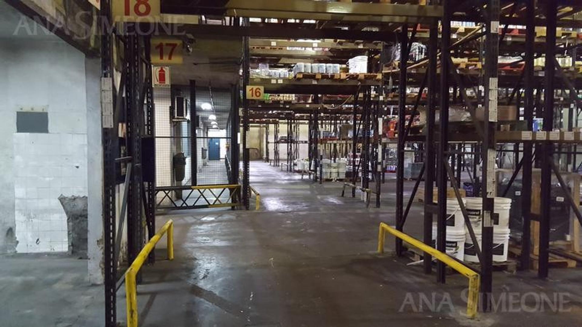 Excelente Nave Industrial de 10.960 m2 sobre terreno de 18.151 m2