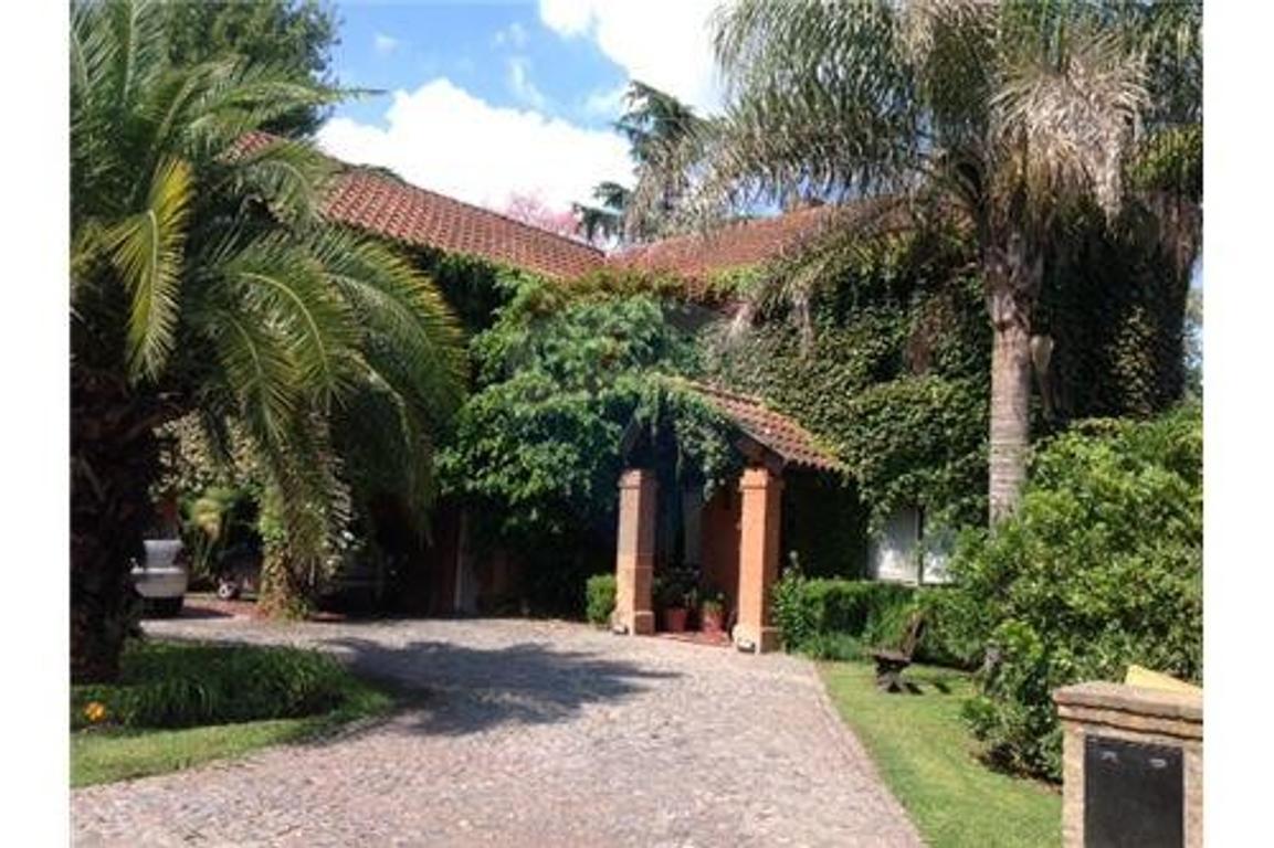 Casa en Venta en La Delfina Pilar apto crédito