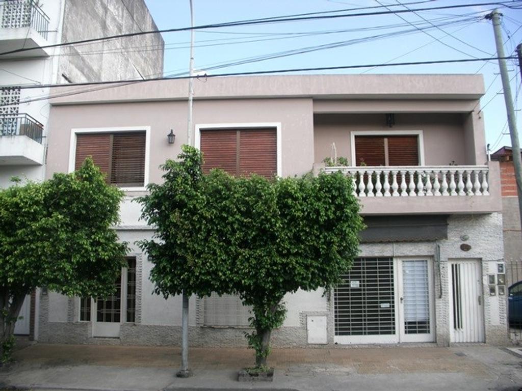 Casa - Venta - Argentina, La Matanza - VENEZUELA 3228