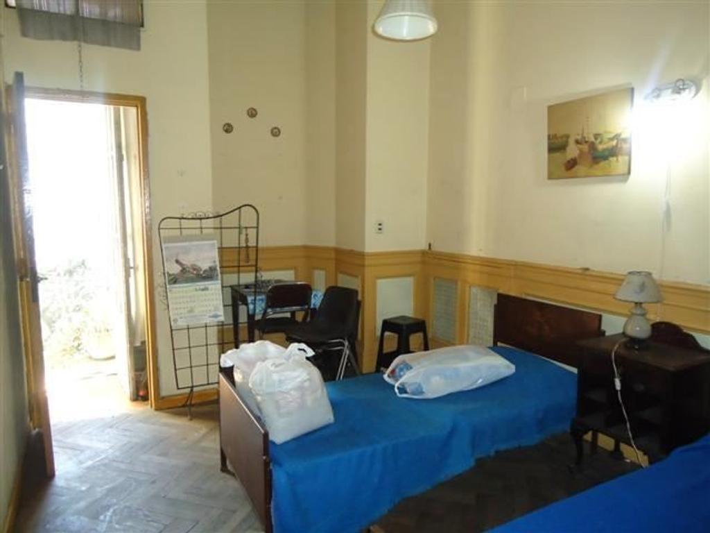 Hotel en venta en bolivia 0 flores inmuebles clar n for Hotel familiar en capital