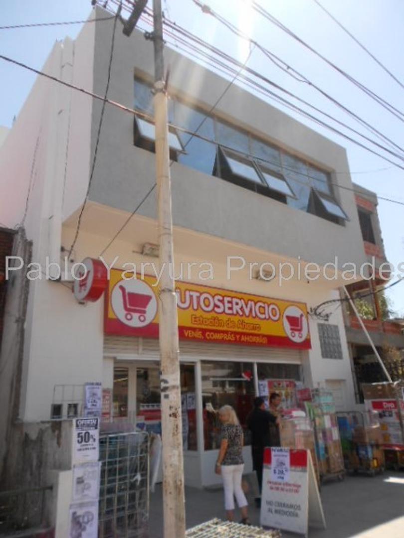 XINTEL(YAR-YA1-13089) Oficina - Alquiler - Argentina, Tres de Febrero - MITRE AV 4729