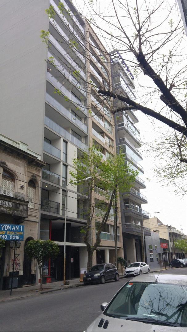 Departamento en ALQUILER Monoambiente divisible. 8º piso al contrafrente A ESTRENAR