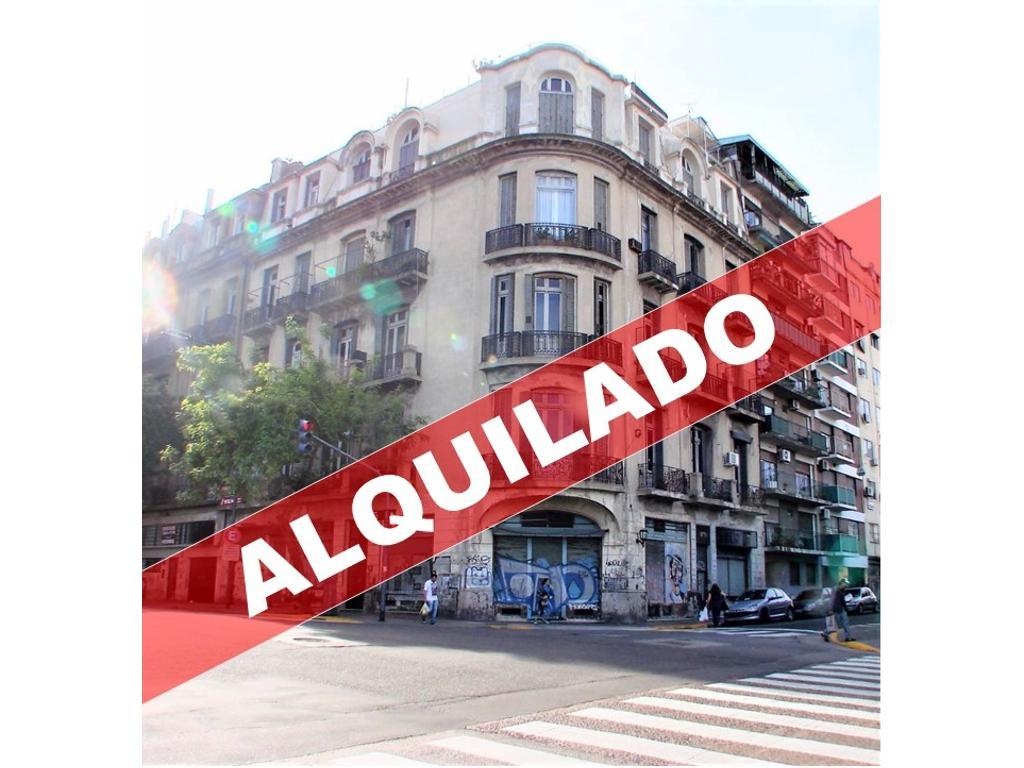 Av Juan de Garay 300 - Semipiso 5 Ambientes con Entrepiso y Balcones