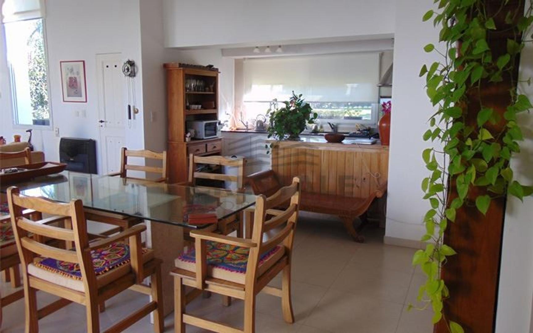 Barrios Cadaques Funes Hills - Casa 3 dormitorios a la venta