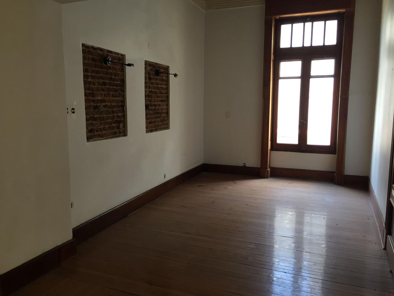 Oficina - Alquiler - Argentina, Capital Federal - Chacabuco 78