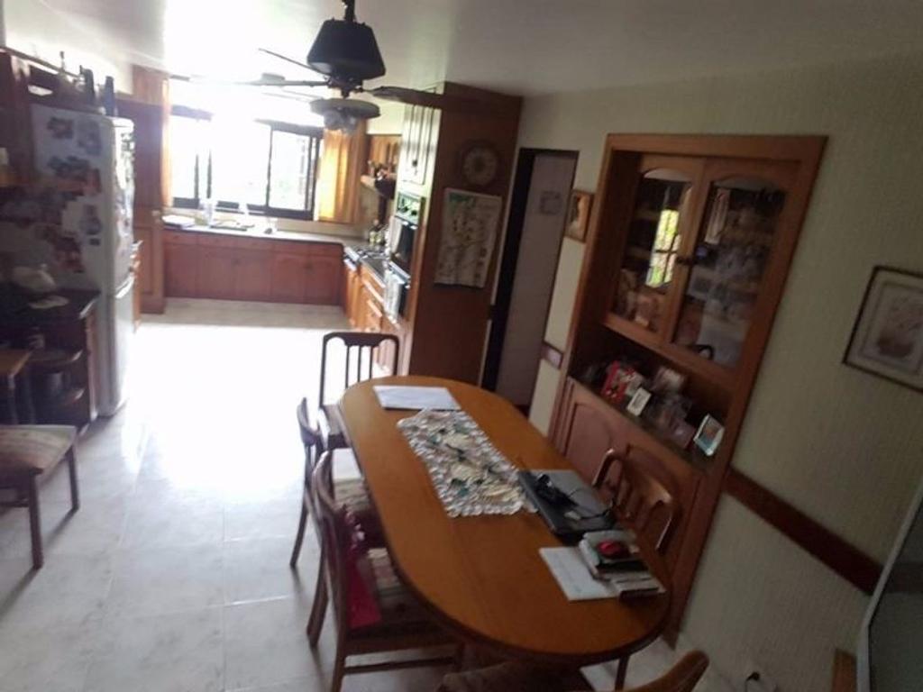 CHALET CENTRICO EN CIUDAD JARDIN AMPLISIMO LOTE 275 CUB 200 FICHA:5736