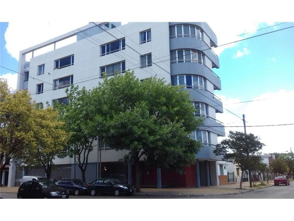 Departamento de 2 dormitorios a la venta, La Plata