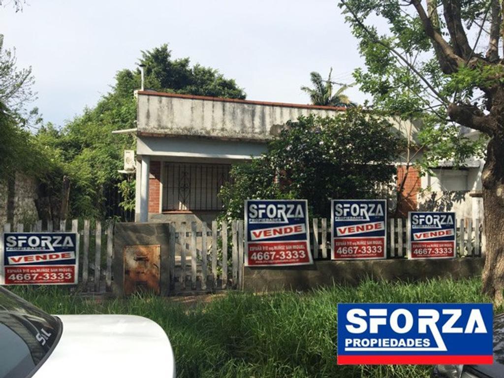 Casa en excelente ubicacion, San Miguel, APTO CRÉDITO