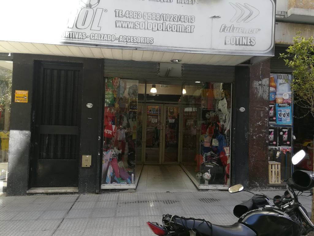 Local en Once en Peatonal Valentin Gomez Ideal Mayoristas y Fabricantes