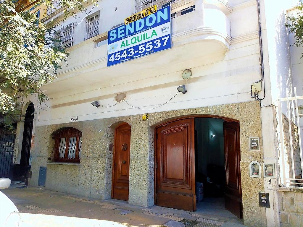 Casa en Alquiler de 3 ambientes en Capital Federal, Belgrano, Belgrano R