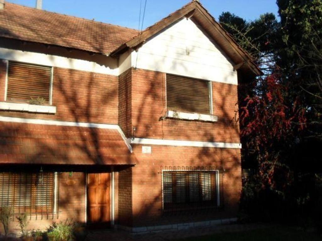 Casa en Venta City Bell Calle 467 (11) E/ 24 y 26 Dacal Bienes Raices