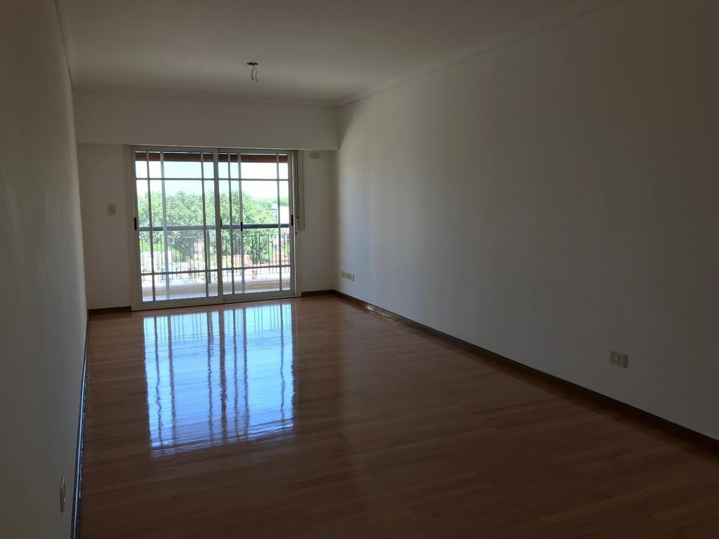 excelente departamento alquiler 3 ambientes en Villa Urquiza