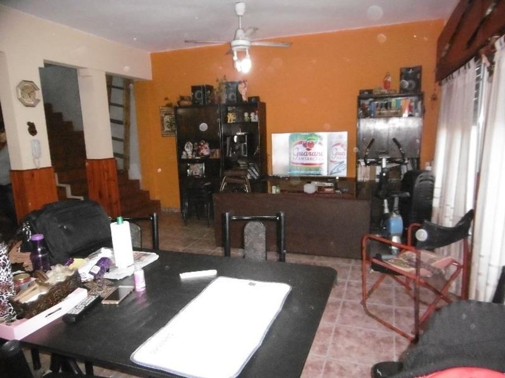 Casa c/local esquina s 2 Avenidas Apto Credito