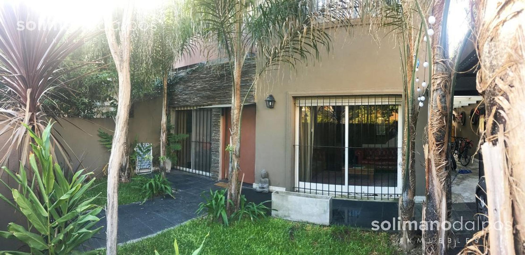 Casa en Venta en La Lucila Vias / Libertador - 5 ambientes