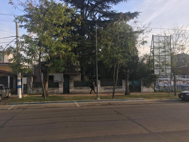 XINTEL(FNE-FNM-2126) Lote - Venta - Argentina, Muñiz - Domingo Faustino Sarmiento 963 / 969