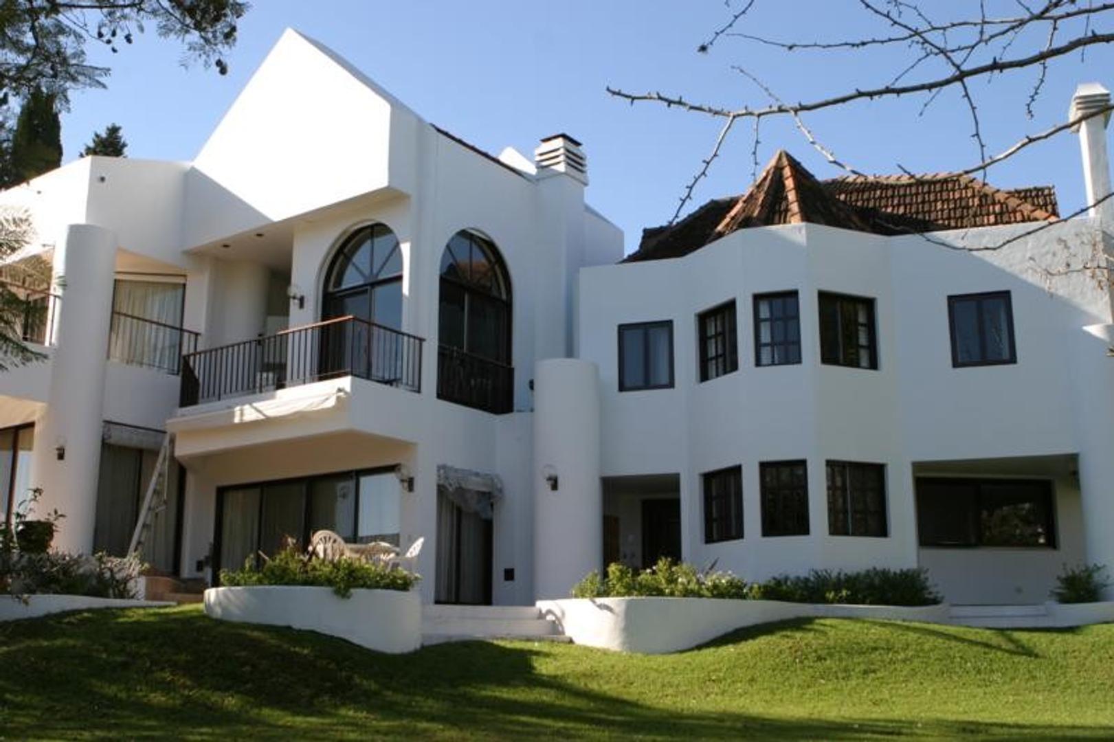 Casa en Venta en Countries y Barrios Cerrados San Isidro - 5 ambientes